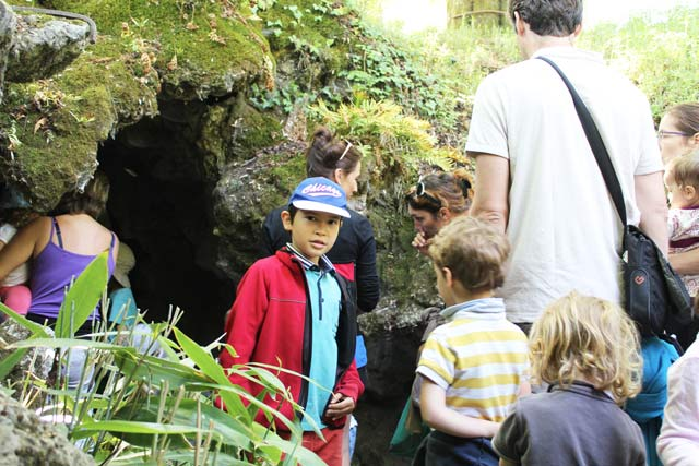 entrée grotte - parc Majolan - école Montessori Internationale Bordeaux