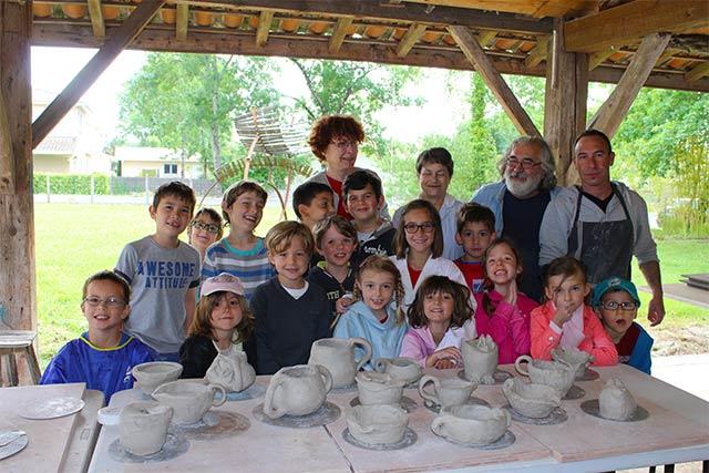 Initiation poterie - école montessori internationale de Bordeaux