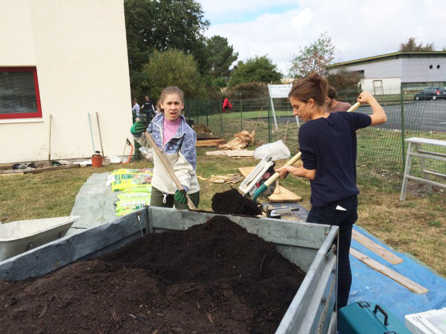 montessori-international-bordeaux-potager-11