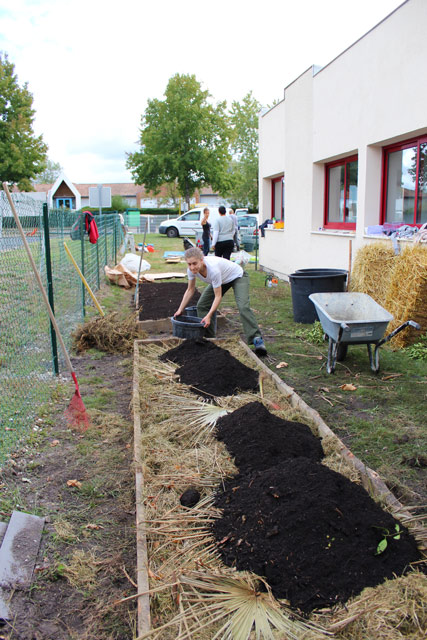 montessori-international-bordeaux-potager-17