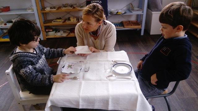montessori international bordeaux table 4