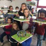 Montessori International Bordeaux : Art fabrication d'un décor de Stonehenge- décor finalisé