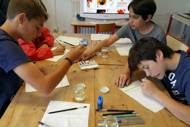 Montessori International de Bordeaux-Gradignan aquarelle initiation