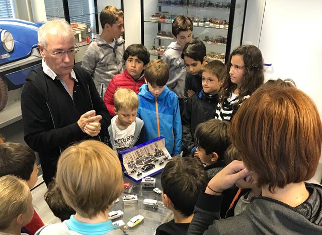 Montessori International Bordeaux - visite minaluxe - show room - passion pour la voiture