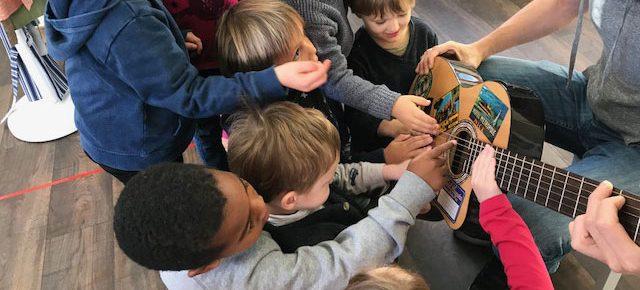 Les instruments de musique à l'école Montessori